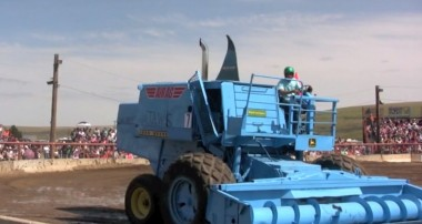 Lind Combine Demolition Derby (video)