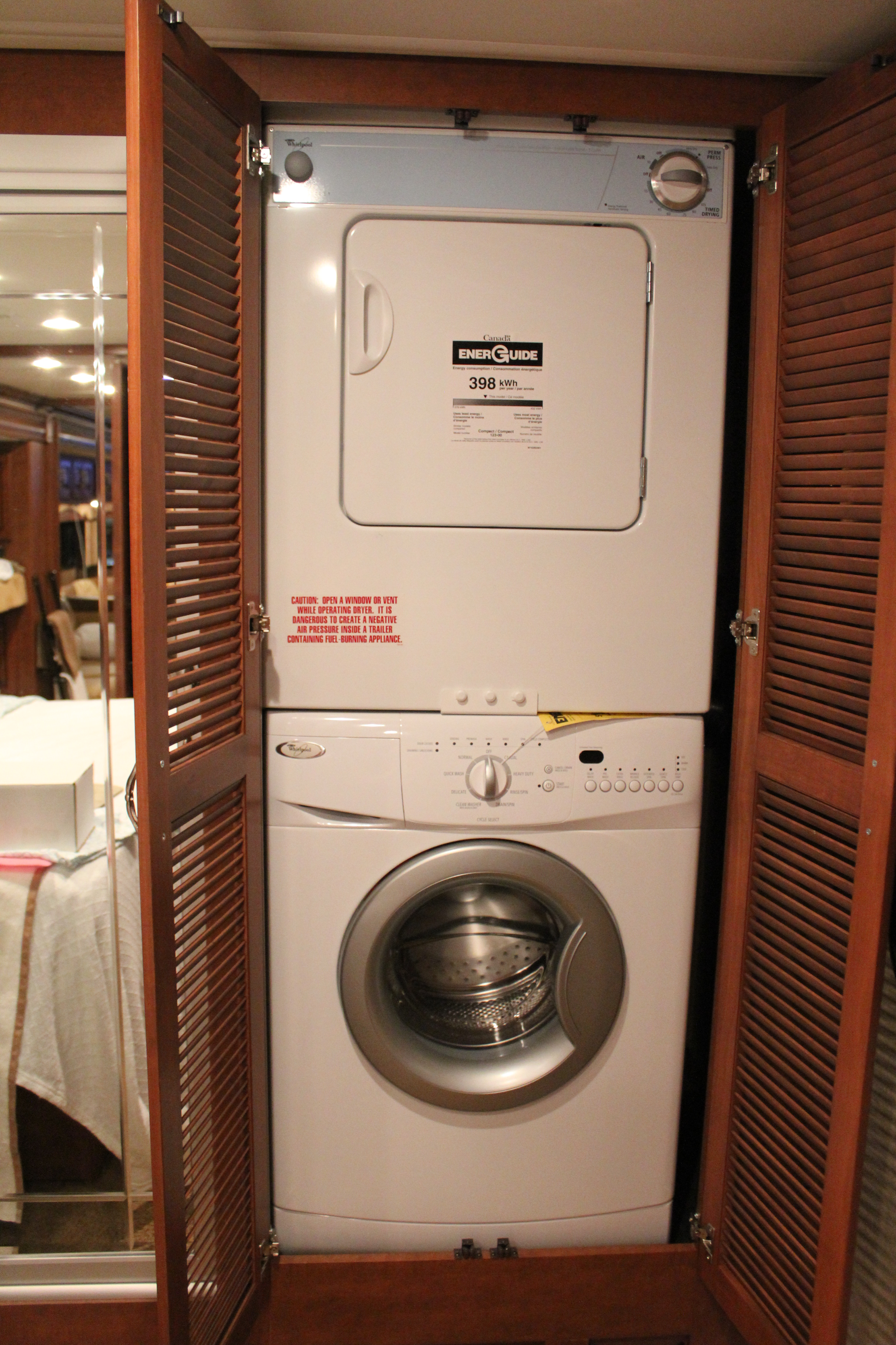 Washer and dryer rv | Captain and Clark