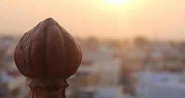 A peep at India.