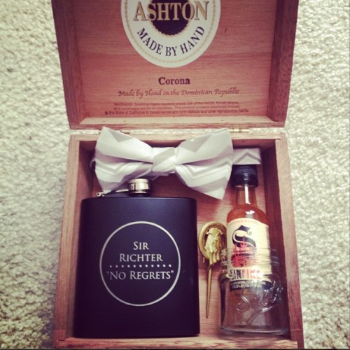 the best groomsman gifts