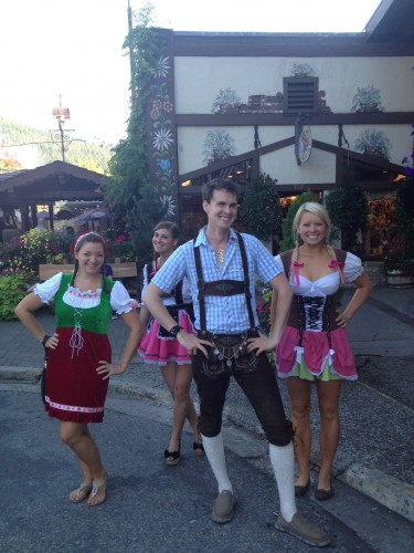 hot dirndl girls