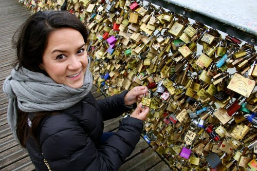 Where is the love lock bridge in Paris
