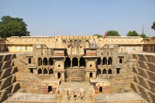 the world's oldest step well