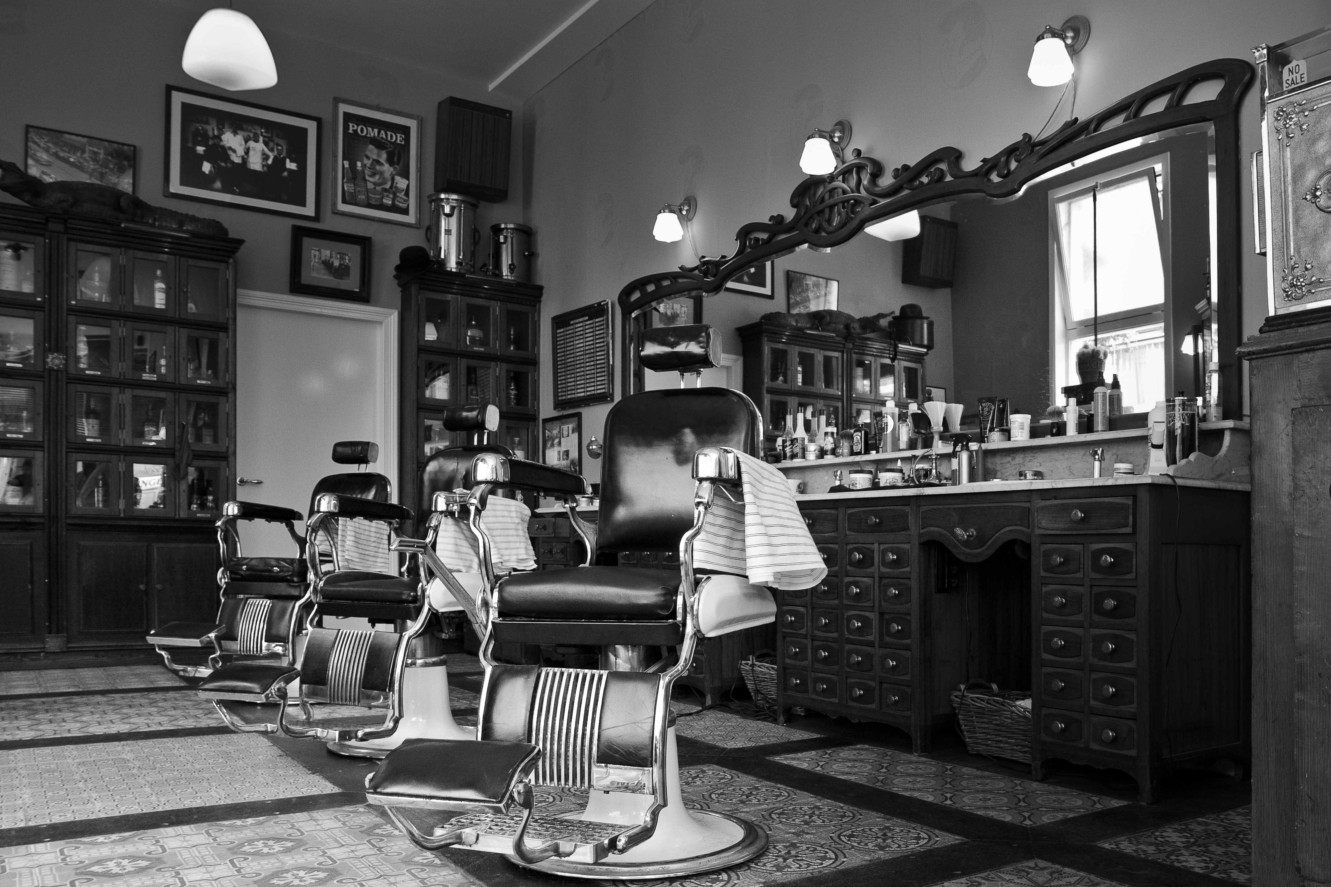 Barber Pics : Mojo Barbershop  Hawaii Captain and Clark