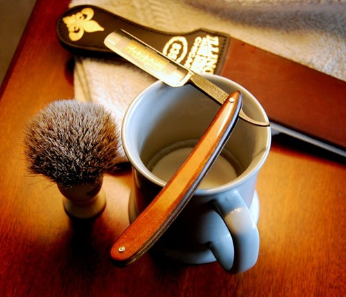 where to get a straight razor shave