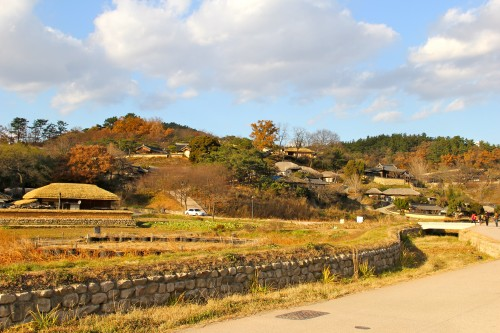 the Yangdong village