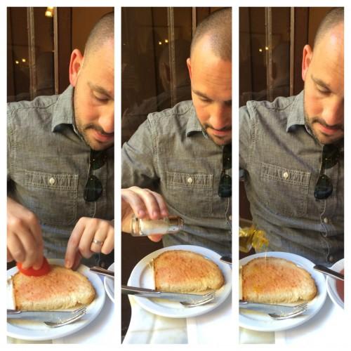 Popular Spanish appetizer. Pan Con Tomate.